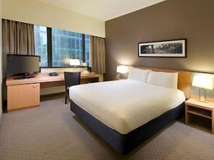 Ibis Standard Room